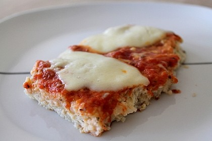 Low Carb Pizzaboden aus Blumenkohl 3