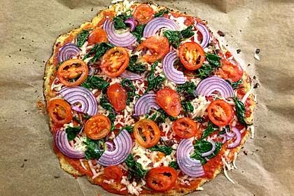 Low Carb Pizzaboden aus Blumenkohl 1