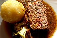 Nussbraten (mit Tomaten)