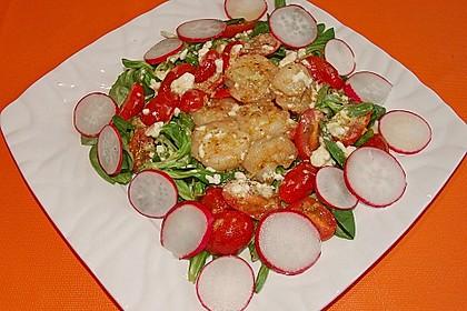 Feldsalat mit Garnelen und Tomaten 5