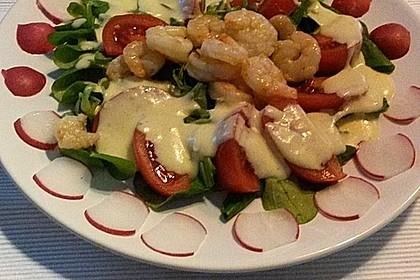 Feldsalat mit Garnelen und Tomaten 1