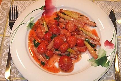 Gebratener Spargel mit Erdbeeren 1