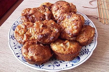 Birne-Gorgnozal Muffins mit Walnüssen 1