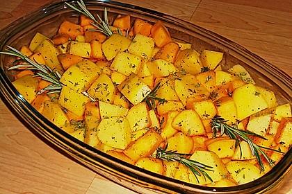 Kürbis, Kartoffeln und Hähnchenschenkel aus dem Backofen 63