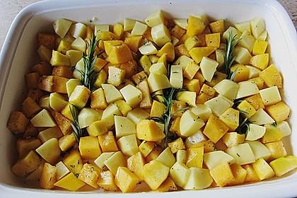 Kürbis, Kartoffeln und Hähnchenschenkel aus dem Backofen 39