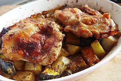 Kürbis, Kartoffeln und Hähnchenschenkel aus dem Backofen 9