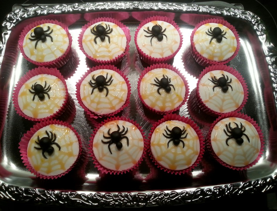 halloween muffins rezept mit bild von muffin bakery. Black Bedroom Furniture Sets. Home Design Ideas