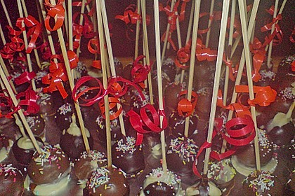 Chocolate Cupcake Cake Pops 64