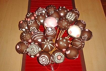 Chocolate Cupcake Cake Pops 25