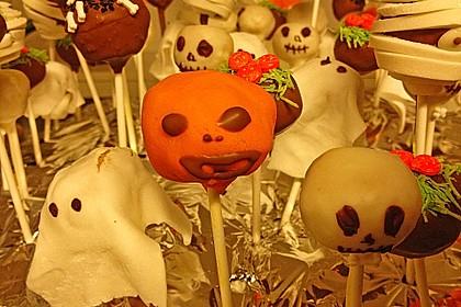 Chocolate Cupcake Cake Pops 43
