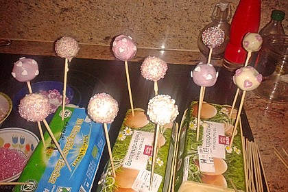 Chocolate Cupcake Cake Pops 50