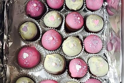 Chocolate Cupcake Cake Pops 18