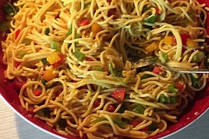Spaghetti-Curry-Salat 13
