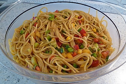 Spaghetti-Curry-Salat 3