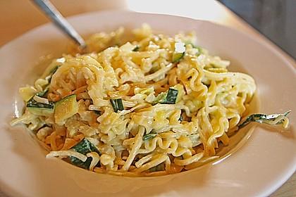 Die berühmten Zucchini-Frischkäse-Nudeln 1