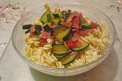 Die berühmten Zucchini-Frischkäse-Nudeln 19
