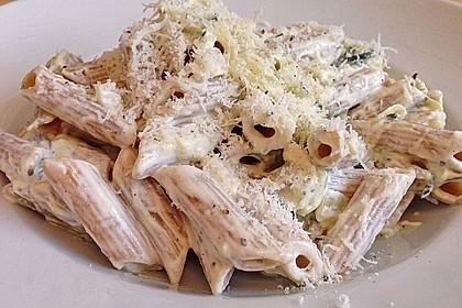 Die berühmten Zucchini-Frischkäse-Nudeln 11