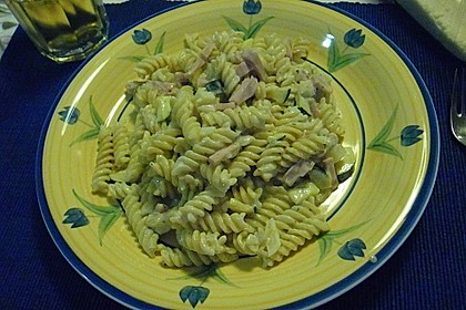 Die berühmten Zucchini-Frischkäse-Nudeln 12