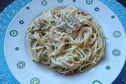 Die berühmten Zucchini-Frischkäse-Nudeln 6