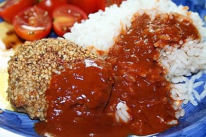 Hähnchenbrust im Sesammantel mit feuriger Schoko-Chili-Sauce