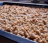 Apfelmus-Streusel-Blechkuchen