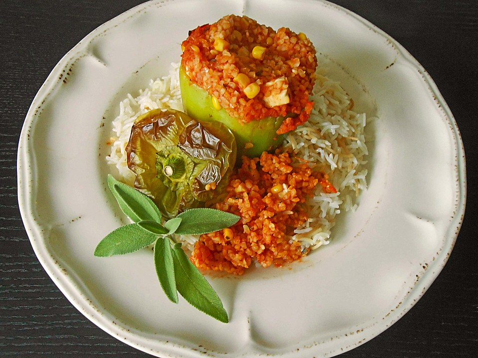 rezept backofen paprika vegetarisch gef llt. Black Bedroom Furniture Sets. Home Design Ideas