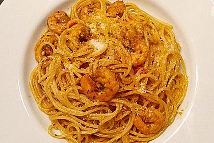 Spaghetti aglio olio e scampi 24