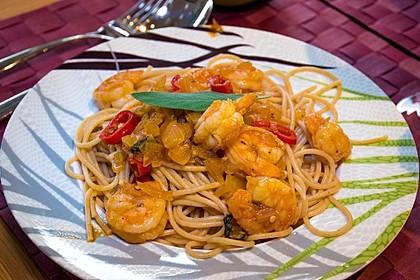 Spaghetti aglio olio e scampi 22