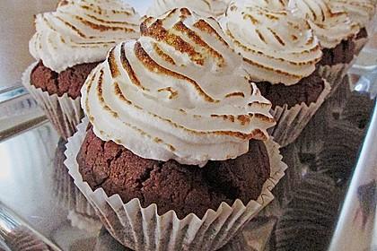 Schokoladen-Cupcakes mit gebranntem Icing