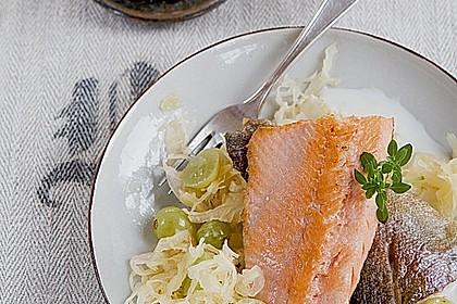 Sauerkraut mit Lachsforelle 0
