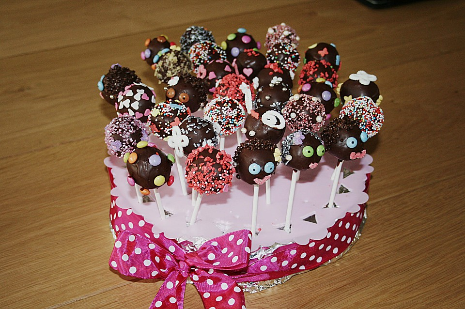 schokoladen cake pops rezept mit bild von terpsychore. Black Bedroom Furniture Sets. Home Design Ideas