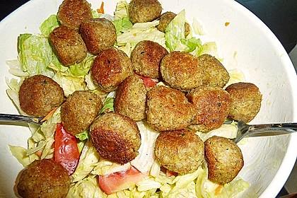 Falafel mit Tahini-Sauce 8