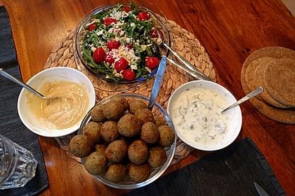 Falafel mit Tahini-Sauce 4