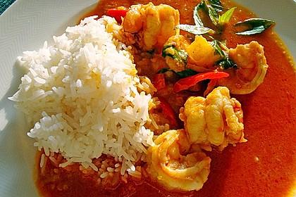 Südthailändisches Curry mit Garnelen und Ananas 1