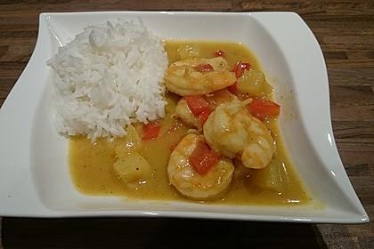Südthailändisches Curry mit Garnelen und Ananas 8