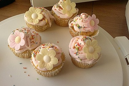Marshmallow Cupcakes 12