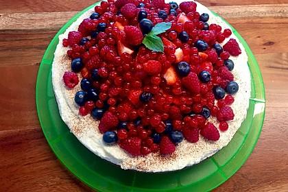 Brownie-Torte mit Beeren 15