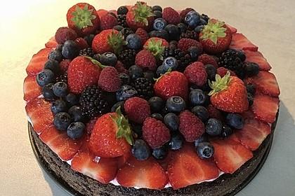 Brownie-Torte mit Beeren 35