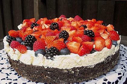Brownie-Torte mit Beeren 1