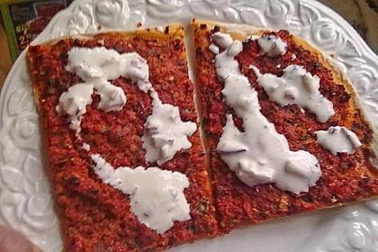 Türkische Pizza 24