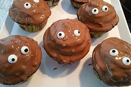 Schokoladenmuffins mit einem Marshmallowhut 73
