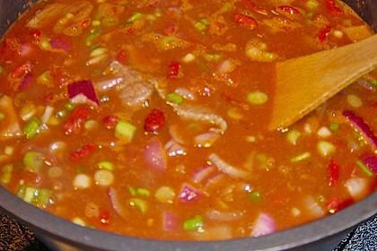 Chili con Carne  mit Fleisch und getrockneten Bohnen 1