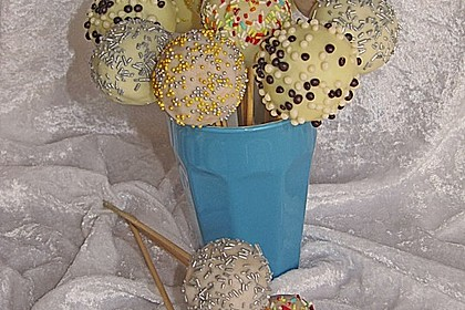 Coconut Cake Pops 8