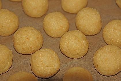Coconut Cake Pops 24