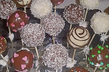 Coconut Cake Pops 14