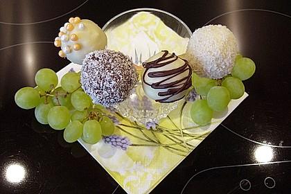 Coconut Cake Pops 6