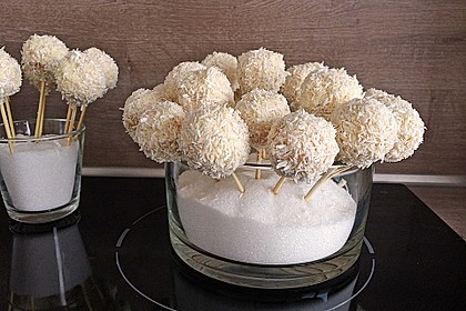 Coconut Cake Pops 2