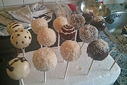 Coconut Cake Pops 12