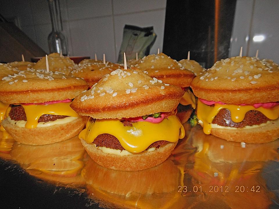 hamburger cupcakes von kattyb87. Black Bedroom Furniture Sets. Home Design Ideas