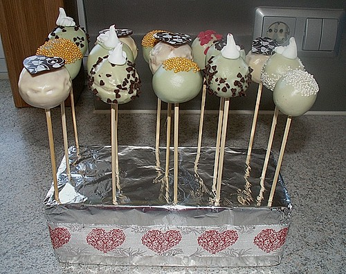 Lemon Cake Pops 6
